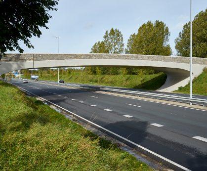 Fietsbrug over de N46